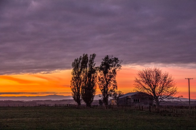 Dawn reflecting on the woolshed, pretty awesome. We have impressive dawns here. Sunrise in another language.