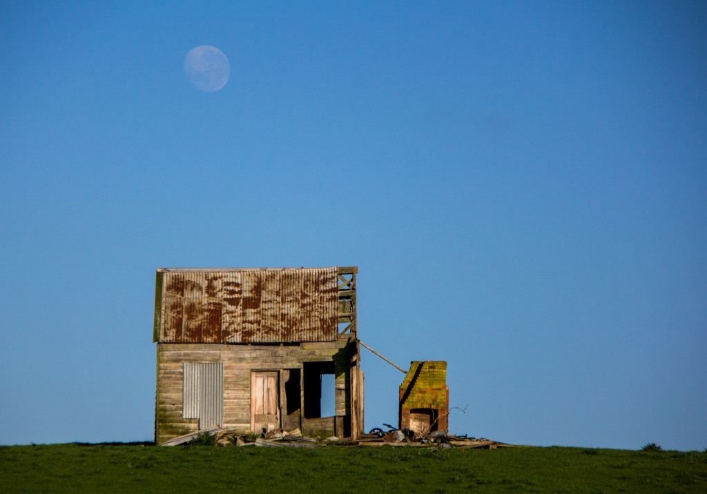 Dawn, early moon in Rangitikei. With a derelict cottage