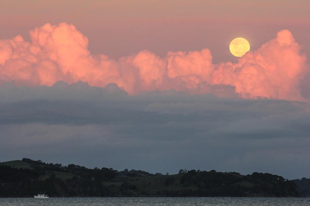 Amazing clouds and full moon. Kawau Bay.