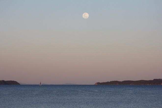 Yachting by moonlight. Kawau Bay at Dusk.