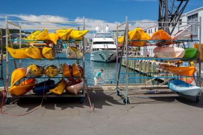 kayaks_